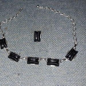 Jewelry - Vintage Silver Onyx Necklace /Brooch Set